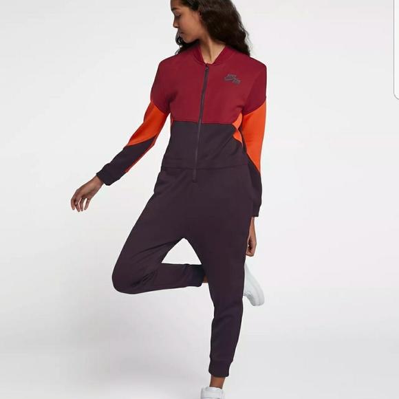 a0cd363e8969 Nike sportswear women jumpsuit. M 5ae61706daa8f6eaa342b81b